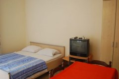 studio apartment sandra_2979_med.jpg