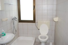 studio apartment sandra_2988_med.jpg